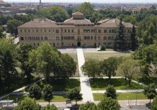 Fig.1 – Il Palazzo e il Parco ducale